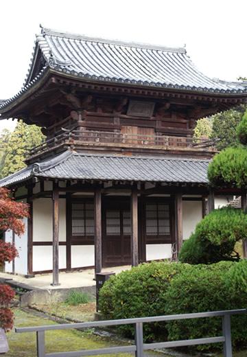 鐘楼(国指定・重要文化財)